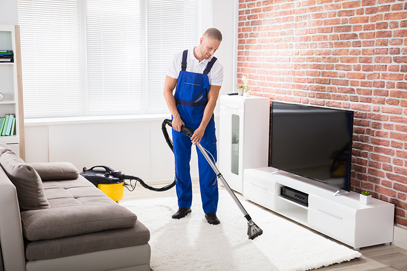 Rug Cleaning Service in Bradford West Yorkshire - Professional Cleaning  Services Bradford Call 01274 317 494